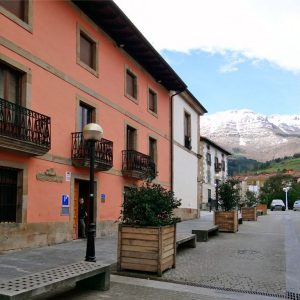 pension-zegama